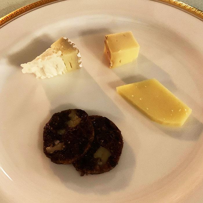熟成チーズの盛り合わせ